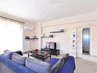 Brand new family apartment with Acropolis view, sleeps 5