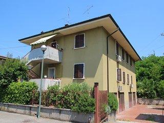 2 bedroom Apartment in Peschiera del Garda, Veneto, Italy - 5546228
