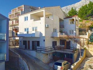2 bedroom Apartment in Čelina, Splitsko-Dalmatinska Županija, Croatia : ref 5542