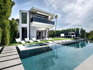 Luxurious Villa Infinity Pool Amazing View Beverly Hills Top