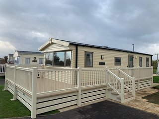 Willerby Breaks at Tattershall Lakes