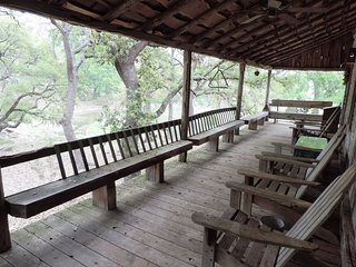Hill Country Bungalow | Fredericksburg Vacation Rental