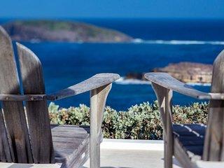 Villa Little Caramba Waterfront Located in Beautiful Pointe Milou with Pri