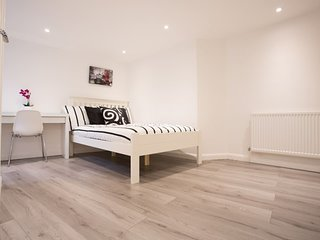 Lovely 2BR Home by Elephant & Castle