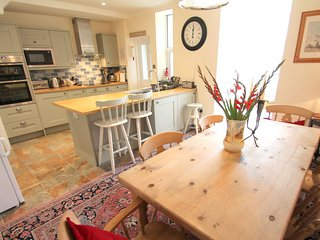 Pip's Corner, Lynton - Spacious cottage for up to 6 guests in the heart of Lynto