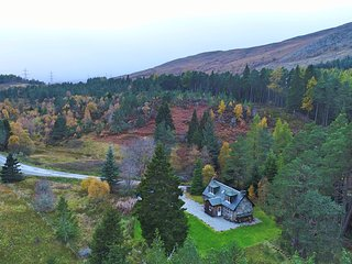 FEAGOUR, family friendly, country holiday cottage, with a garden in Laggan, Ref