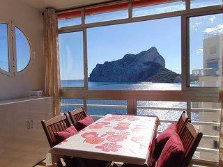 Horizonte 401 - Studio-apartment on seafront with sea views and pool in Calpe