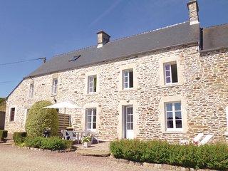 2 bedroom Villa in Quettehou, Normandy, France - 5548178