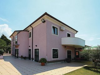 2 bedroom Apartment in Bašanija, Istria, Croatia : ref 5564703