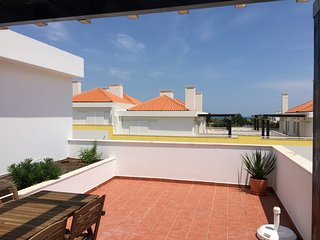 2 bedroom duplex apartment in Cabanas de Tavira near the main street