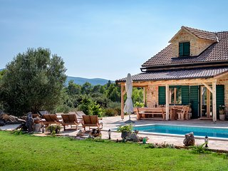 5 bedroom Villa in Uvala Borova, , Croatia : ref 5607284
