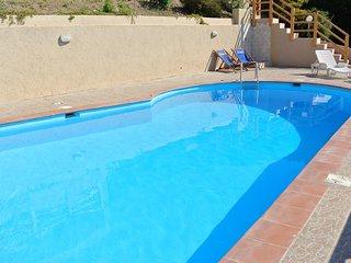Villa in Costa Paradiso ID 672