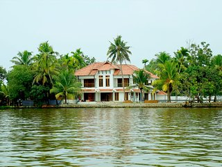 Water's Edge Villas