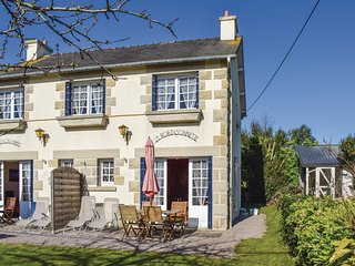 2 bedroom Villa in Saint-Cast-le-Guildo, Brittany, France - 5675920