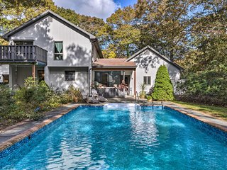 NEW! Modern East Hampton Beach House w/Pool & Deck
