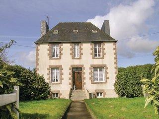 3 bedroom Villa in Sainte-Geneviève, Brittany, France : ref 5538908