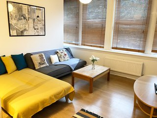 2bed, 4 mins walk from Tube