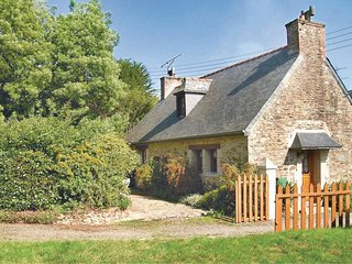 2 bedroom Villa in Plouguiel, Brittany, France : ref 5538869