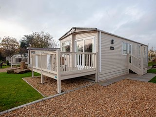 Luxury St David Caravan, on the edge of Clitheroe / Waddington