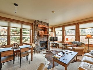 Cozy Crested Butte Condo 50 Yards from Ski Lift!