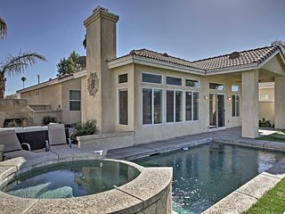 Home on Golf Course w/Pool+Spa - 2 Mi to Coachella