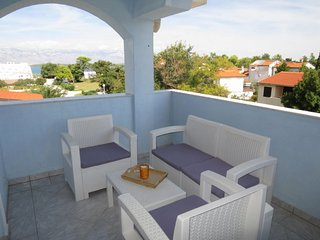 1 bedroom Apartment with Air Con, WiFi and Walk to Beach & Shops - 5654845