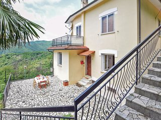 2 bedroom Apartment in Gameragna, Liguria, Italy - 5682327
