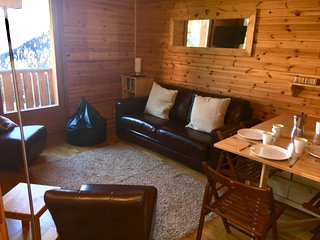 Fantastic 2 bedroom ski apartment (sleeps up to 7)