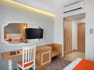 Panoramic Room with Sea View 2