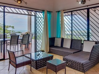 Hilltop home w/ pool, wrap-around deck & amazing ocean view - near beaches!