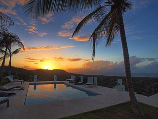 Skyfall Full Villa - Breathtaking Caribbean Views!