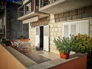 Povlja Apartment Sleeps 4 with Air Con and WiFi - 5690103