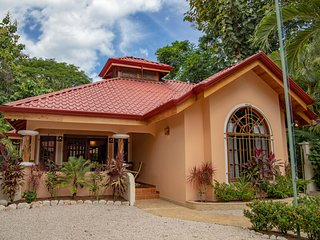 Casa La Jolla  - A luxury and rustic jungle oasis just steps from the beach!