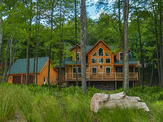 Big Log Lodge