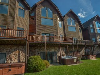 Cedar Shores Villa 18