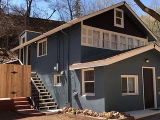 *H* NEW! Manitou Springs Excellent Location! *