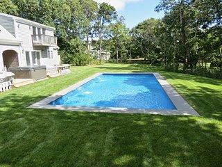 Chatham Resort Feel: Sleeps 16, Heated Pool/Spa, Renovated, Roomy, Upscale: 65-C