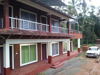 Kannur West Beach House,Bed & Breakfast  Home stay