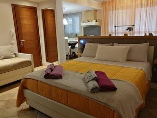 Loft climatizzato tra Acireale e Catania. Ideale per coppie, famiglie e single