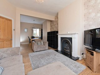 Margate Road . Contemporary 3 Bed Apartment Near Clapham Common