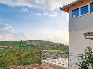 4 bedroom Villa in Podgreben, Šibensko-Kninska Županija, Croatia : ref 5689167