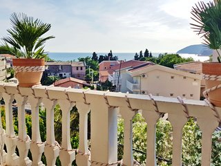 Panorama Residence - 3 Bedroom Apartment - 150m To Sandy Beach