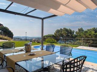 Magnífica villa en la costa de Barcelona
