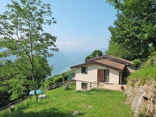 2 bedroom Villa in Corrido, Lombardy, Italy - 5441077