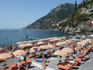 Arienzo Villa Sleeps 12 with Pool Air Con and WiFi - 5817024