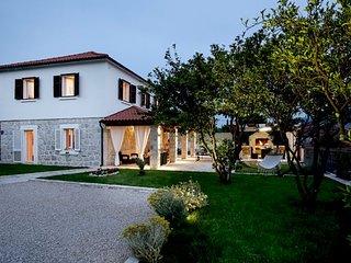 5 bedroom Villa in Zastolje, Dubrovacko-Neretvanska Zupanija, Croatia : ref 5239