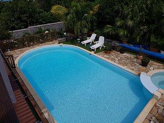 T2 avec accès piscine, climatisé, Sud-Ouest