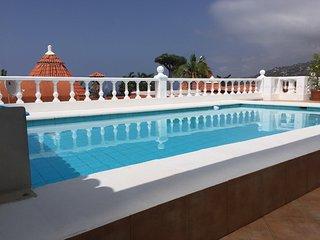 Großes Ferienhaus mit privatem,beheiztem Pool + Meeresblick im Norden Teneriffas