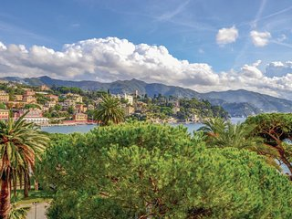 2 bedroom Apartment in Santa Margherita Ligure, Liguria, Italy : ref 5548735