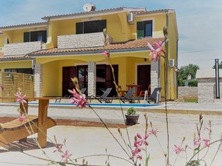 4 bedroom Villa in Velovici, Istria, Croatia : ref 5689219